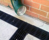sw-trench-drainage-grate-joint
